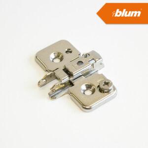 Blum 173H7100 Excenteres keresztalakú szerelőtalp